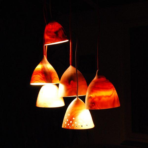 træ lamper med lys