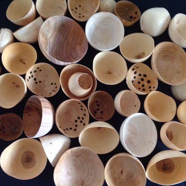 Dekorative skaller i træ